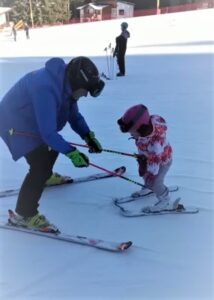 Private ski lessons for kids and adults with professionsl ski instructor from R&J Ski School