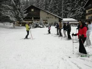 cursuri de schi pentru grupuri organizate de R&J Ski School Ski Rentals din Poiana Brasov