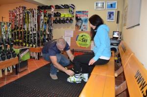 echipamente-de-schi-si-snowboard-in-poiana-brasov
