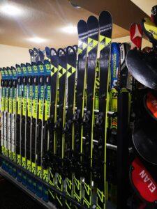 inchirieri ski 2022 poiana brasov