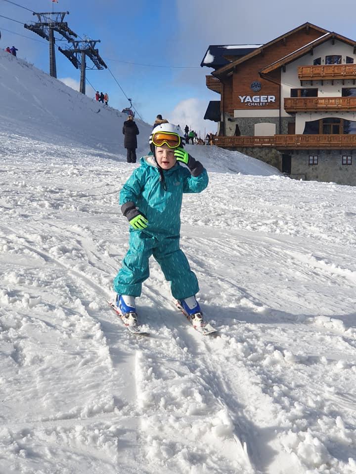 Cursuri de ski pentru copii organizate de R&J Ski School Poiana Brasov