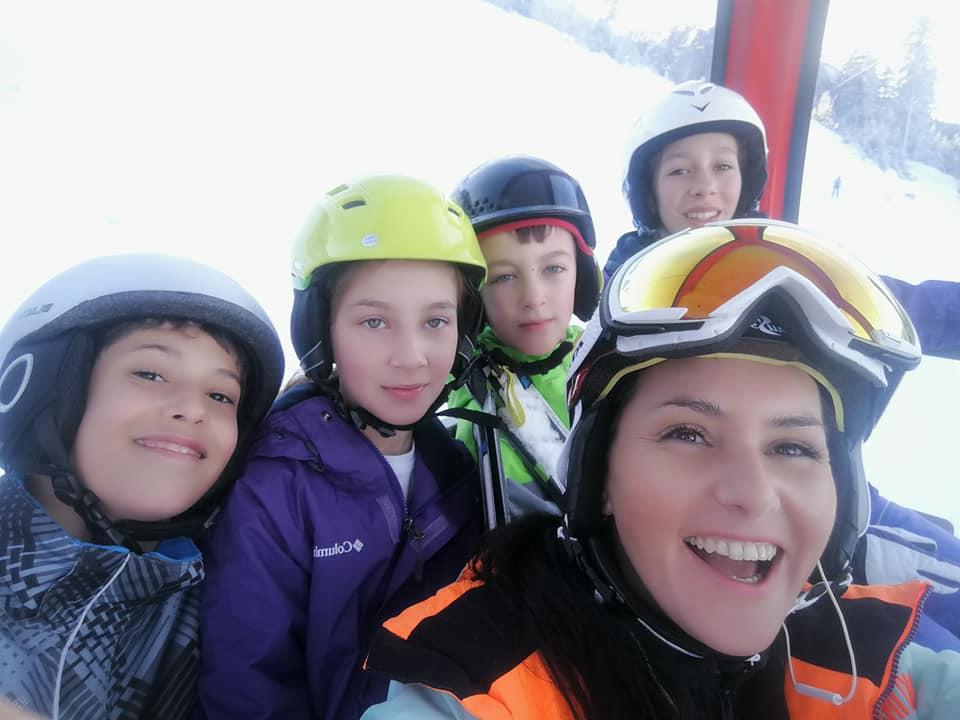 Lectii ski de grup pentru copii in Poiana Brasov oferite de R&J Scoala de Ski